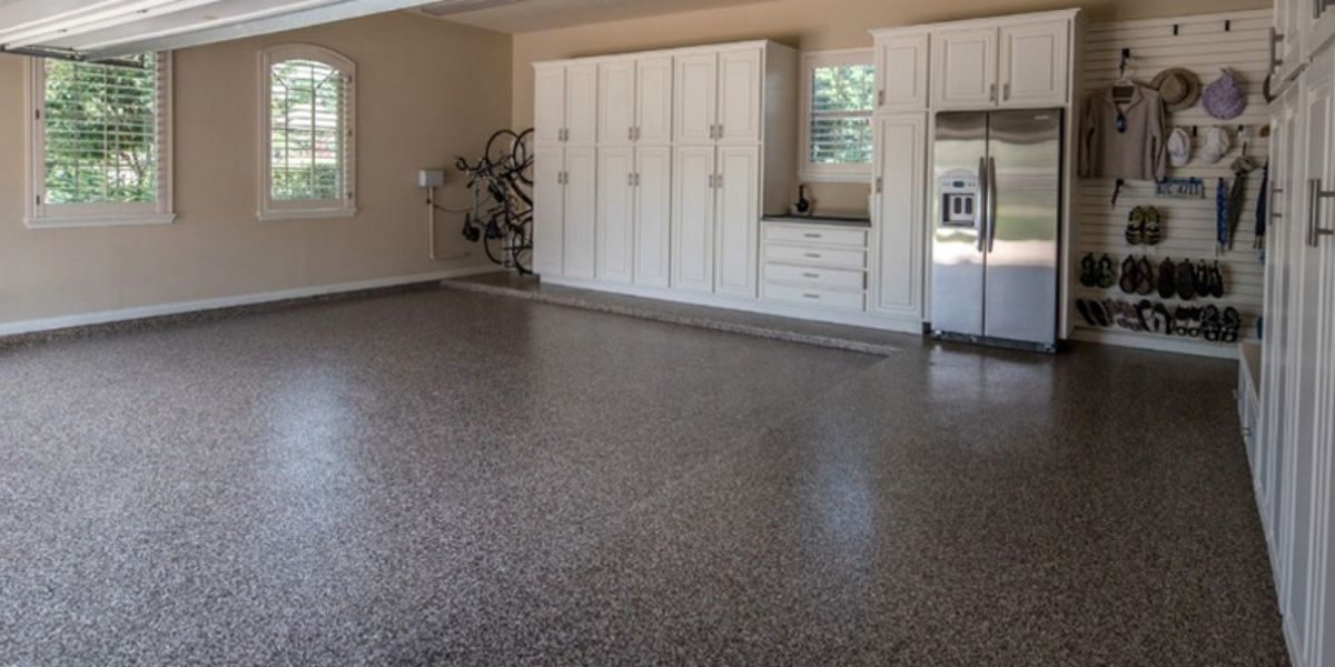 keep the garage floor clean